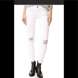 The Frame Skinny De Jeanne White Jeans Size 24